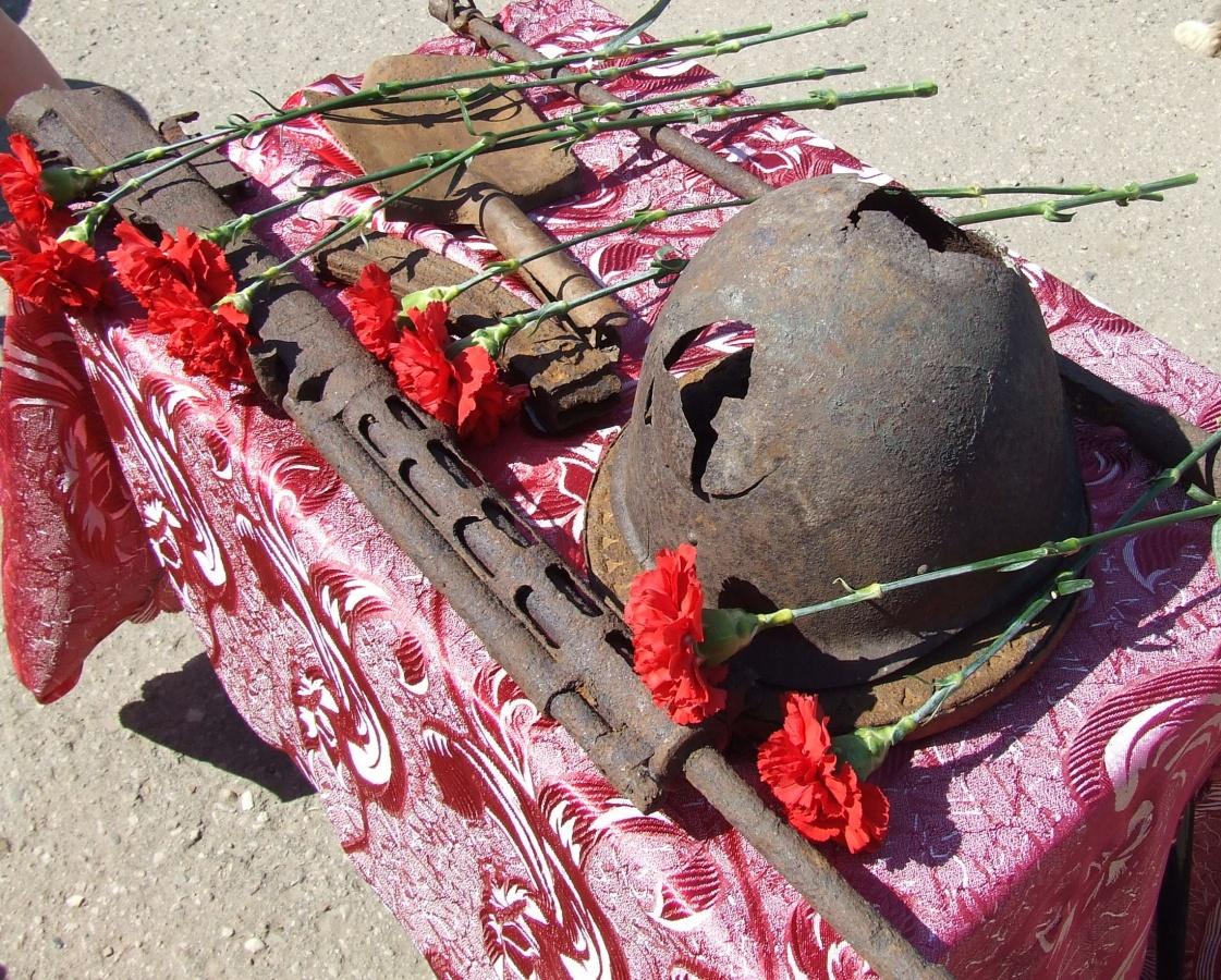 09.05.2016 года прошел праздничный парад посвященный 71 годовщине со Дня Великой Победы